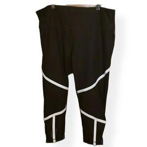 Nola by Addition Elle  3/4 leggings NWOT